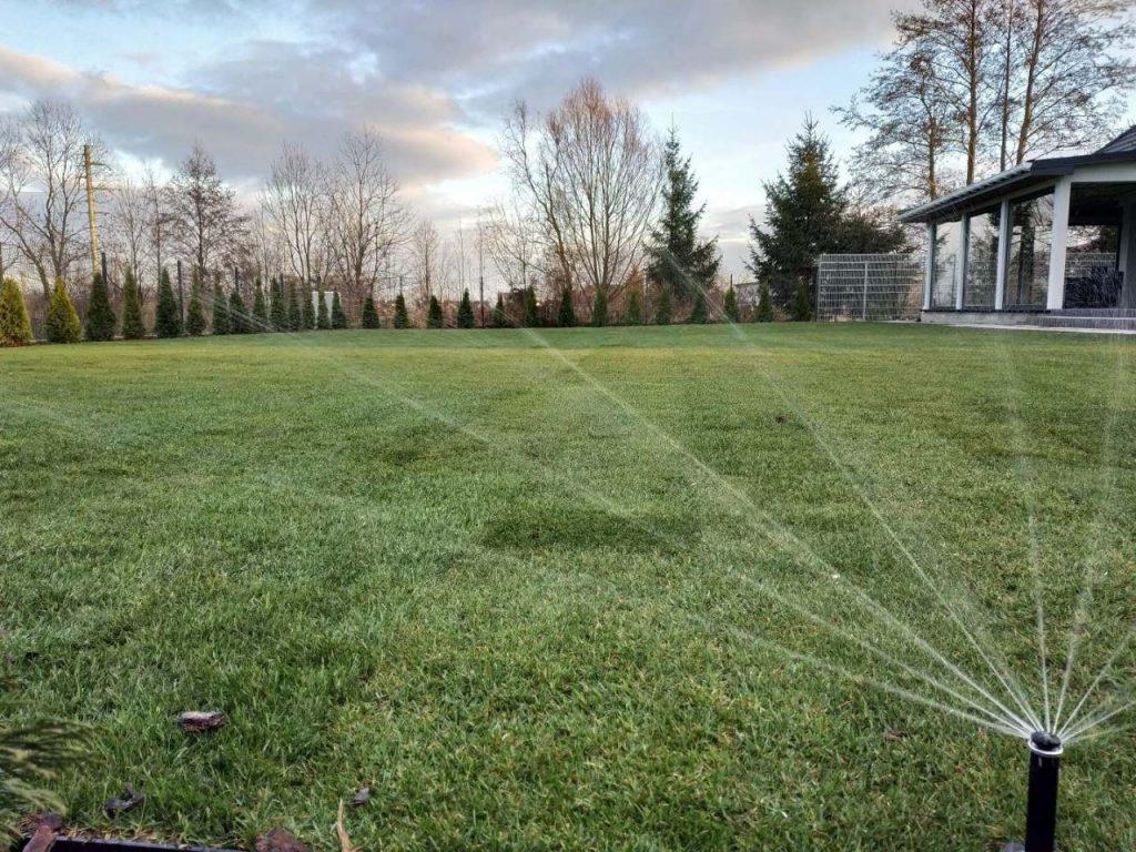 Systemy nawadniające ogród